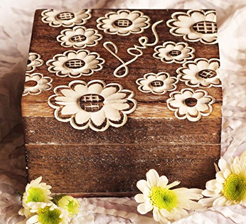 Carved Wood Trinket (Valentine's Day Gifts for Her (Jewelry Box) - Hand-Carved Wooden Decorative Box for Women / Girls - Shabby Chic Keepsake Trinket Storage Box with Lid – Gifting Items)