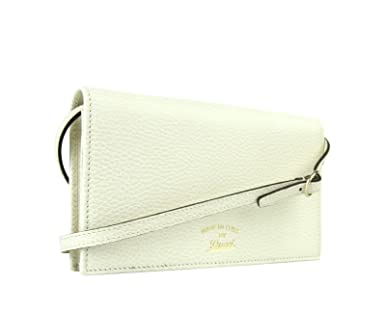 596a5b05b49 Gucci Swing Creamy White Leather Crossbody Clutch Wallet 368231 9022 at  Amazon Women s Clothing store