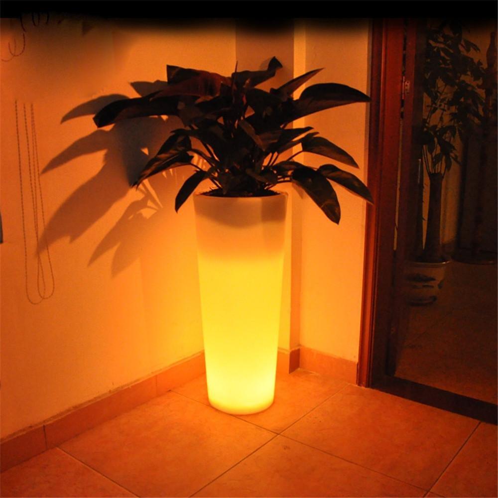Kesierte Led Vase Boden Vase Indoor und Outdoor Leuchtende Vase Lampe Outdoor Moderne Mode wird Licht Vasen