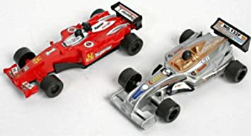 LOT 10 VOITURE DE COURSE FORMULE 1 LONGEUR 13CM ROUGE OU GRISE