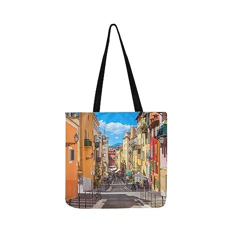 Vista de una calle antigua con bolso de lona de piedra Bolso ...