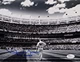 Mariano Rivera Autographed 8x10 BW On Field Photo W/ 652 Saves and JSA Auth