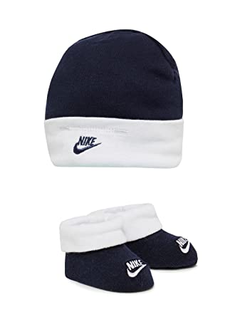 Nike Babies Hat   Booties Set Navy White Boys Age 0 To 6 Months   Amazon.co.uk  Clothing 51006607f12