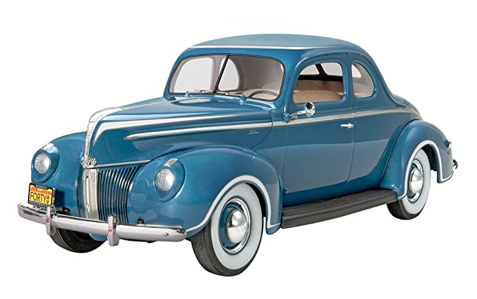 Revell/Monogram 40 Ford Standard Coupe Model Kit Review