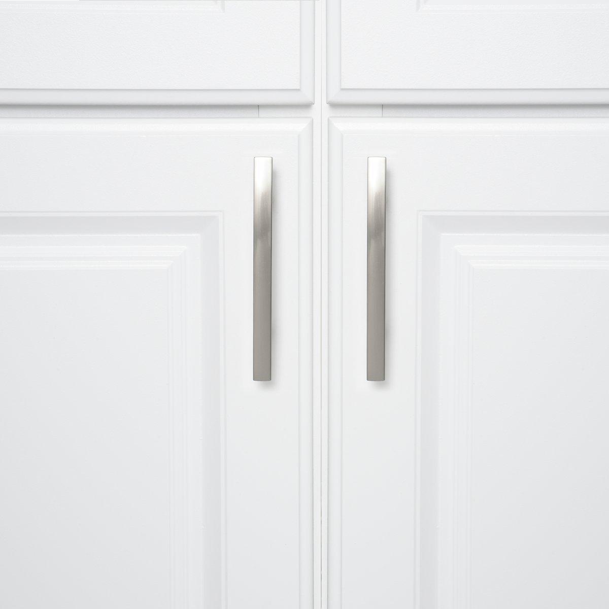 Longueur/: 13,33 cm Basics Poign/ée de placard incurv/ée Moderne Lot de 10 7,62 cm centre du trou Bronze huil/é