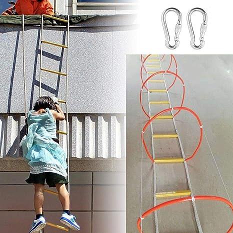 Escalera De Evacuación Rodeado De Cerrado Escaleras De Emergencia ...