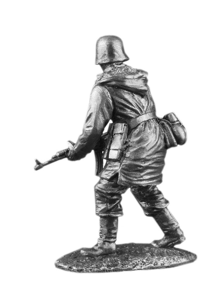 Ronin Miniatures World War 2 German Infantryman UnPainted Tin Metal 54mm Action Figures Toy Soldiers Size 1/32 Scale for Home Décor Accents Collectible Figurines Item #ww-20