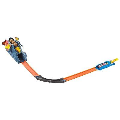 Hot Wheels Track Builder Volcano Blowout Stunt Set: Toys & Games [5Bkhe1906765]