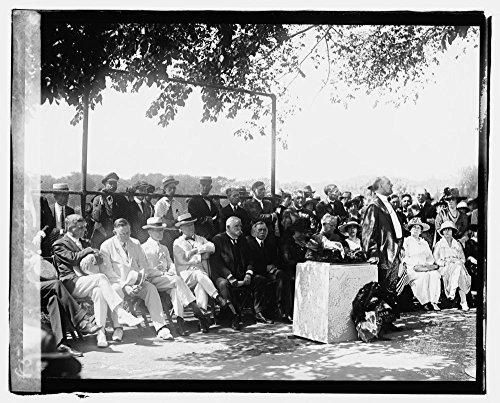 1920 Photo Start of Trans-Continental Tour Location: Washington D.C.