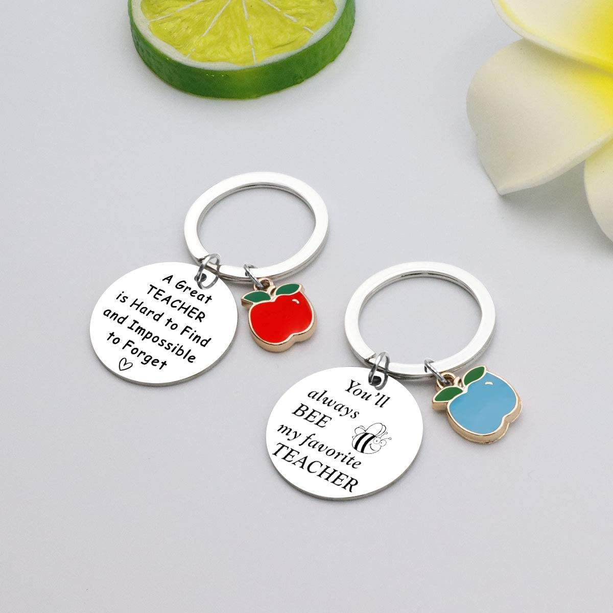 HULALA 2 Pieces Thank You Teacher Appreciation Gifts for Women Men Personalized Keyring Keychain Presents with Free Gift Pouch