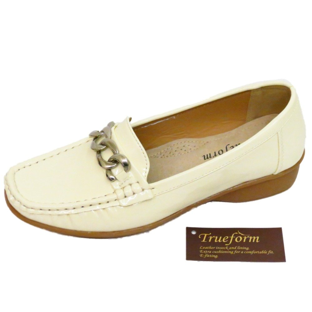 7dbdb5424c07 Ladies Ivory Patent Trueform Comfort Kitten Heel Wedge Slip-On Loafer Shoes  Sizes 3-8  Amazon.co.uk  Shoes   Bags