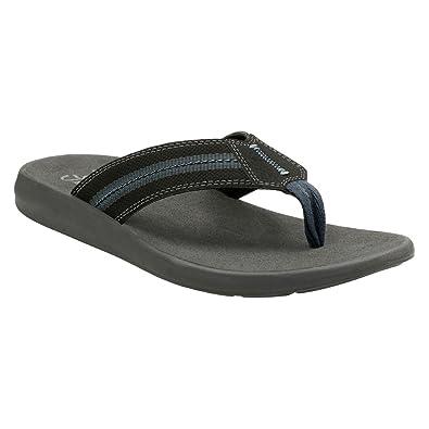 clarks mens flip flops amazon