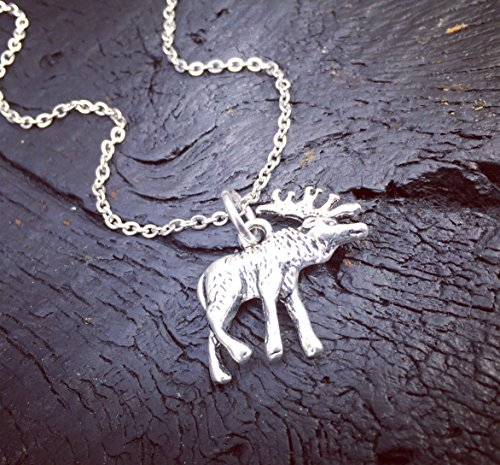 (Women's Moose Necklace | Hunting Necklace | Hunting Season Gift | Huntress Necklace | Archery Necklace | Hunting Gift | Gift For Moose Huntress)