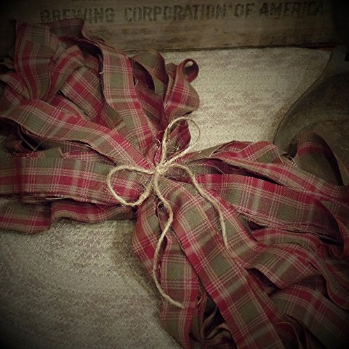 (50 Homespun Fabric Strips~Cinnamon~Vanilla Scented Hang Tag~Christmas Plaid Collection~1