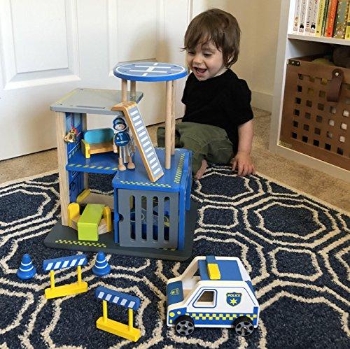 The 8 best dollhouse toys for boys