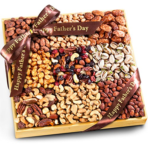 Golden State Fruit Father's Day 3 Lb Nuts Extravaganza Gift in Wooden Tray