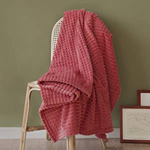 """Simple&Opulence Luxury Flannel Fleece Home Furnishing Throw Blanket (Coral Red, 50""""x70)"""