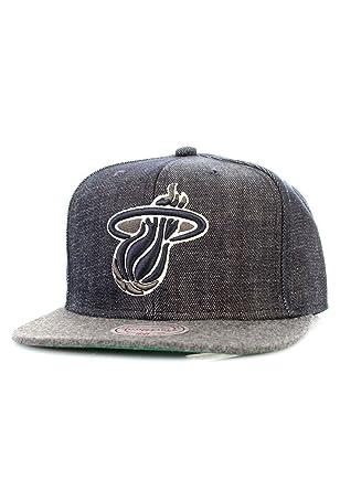 5f5ccfb03e0 Mitchell   Ness Miami Heat Team Up EU269 Snapback Denim Look Cap Kappe  Basecap