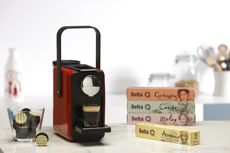Delta Q Kit Máquina qosy rojo + 50 Cápsulas: Amazon.es: Hogar
