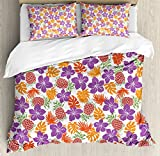 Ambesonne Pineapple Duvet Cover Set Queen Size, Lively Colored Print Natural Leaves Hibiscus Flowers Pineapples Tropic Hawaii, Decorative 3 Piece Bedding Set with 2 Pillow Shams, Multicolor