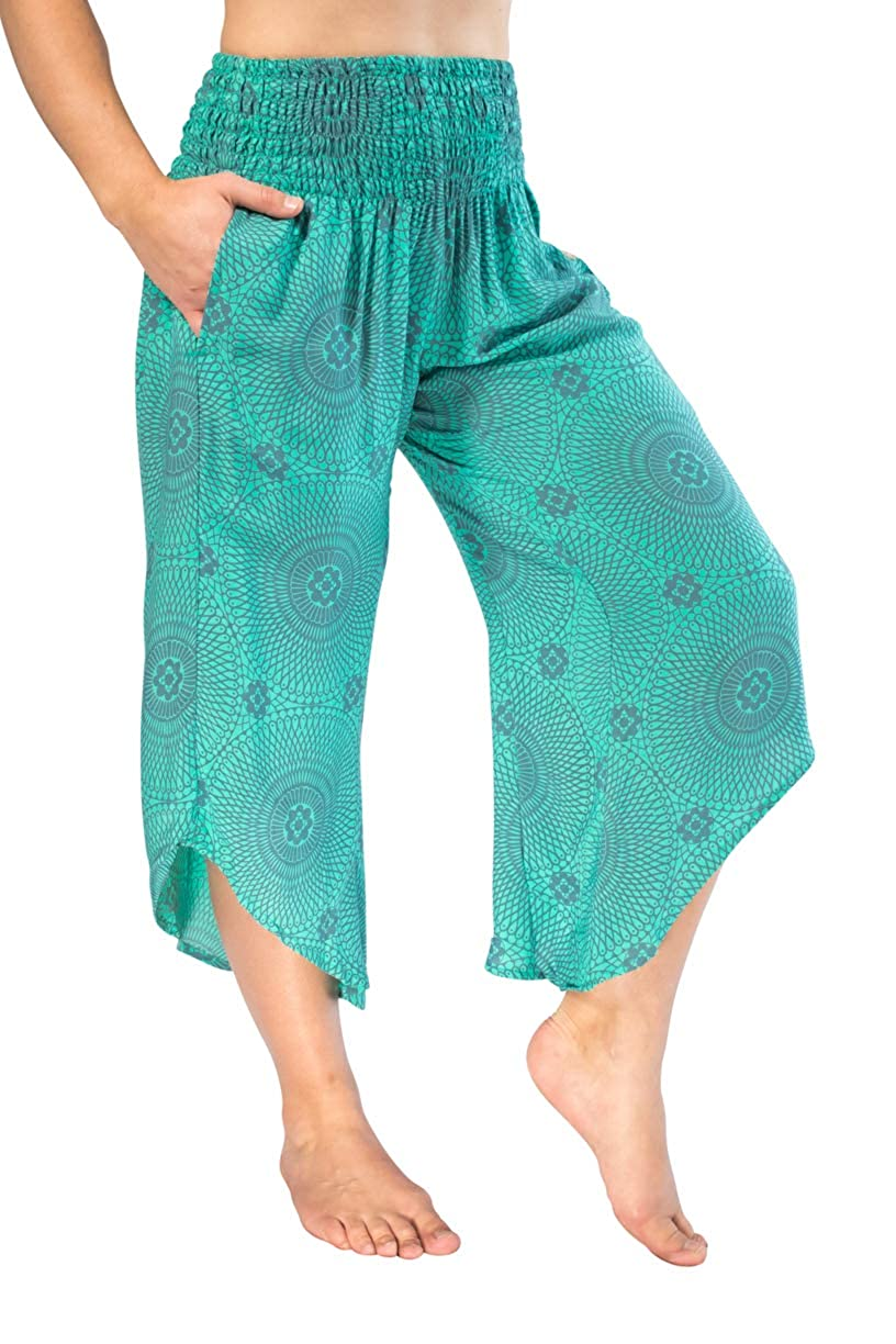 68b8074a13 Top7: PIYOGA Women\'s Yoga Flare Capri\'s, Boutique Boho with Elastic  Waistband (One Size fits US W Size 0-10)