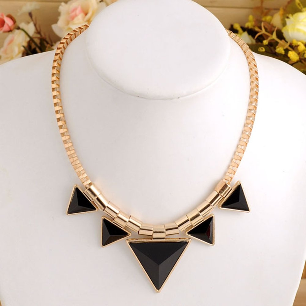 Collier Triangle Dore/Noir - Vintage Punk Rock - Creation better dealz