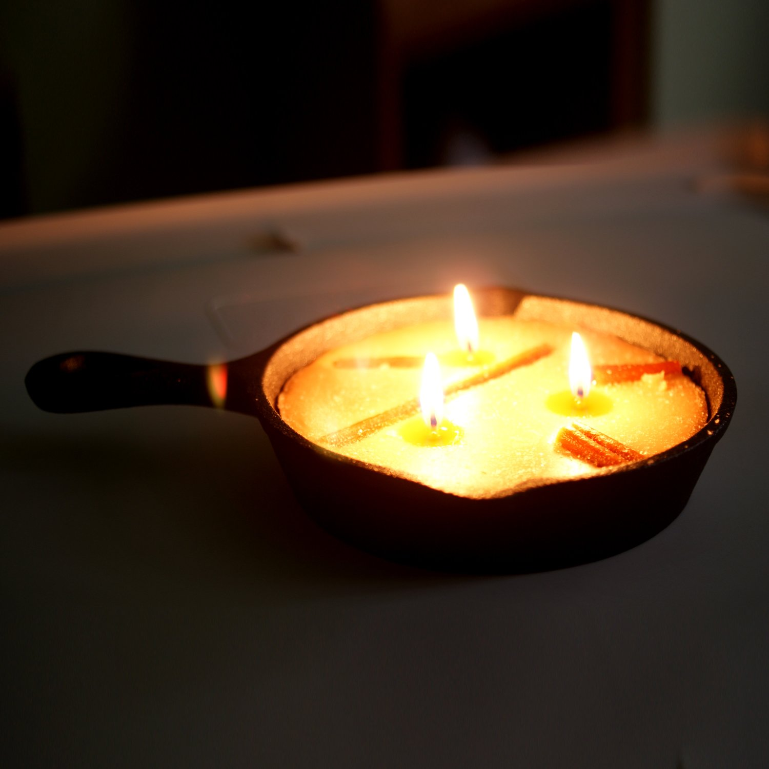 Cast Iron Pan Candle Aromatherapy Scented Candles On Real Cast Iron Pan Bright Ideas Blueberry Cobbler