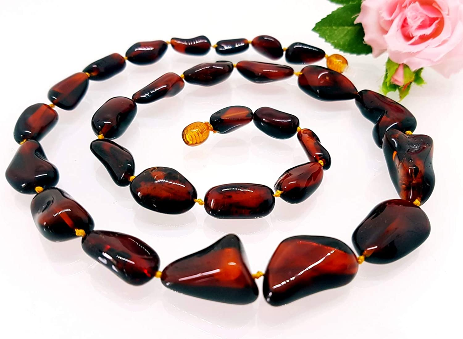 Pendant from natural baltic amber stone Natural amber 100/%