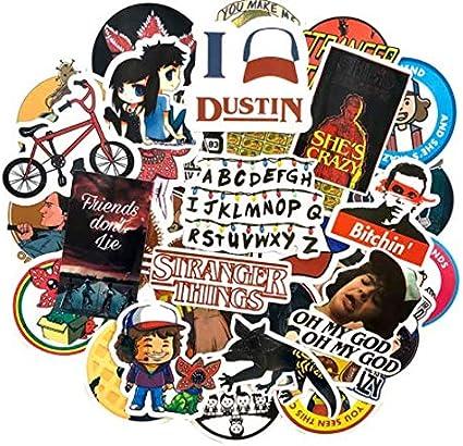 DZCYAN 50 Unids/Pack Stranger Things Graffiti Stickers Películas Clásicas Pegatinas para Equipaje Refrigerador Portátil Motocicleta Monopatín: Amazon.es: Coche y moto
