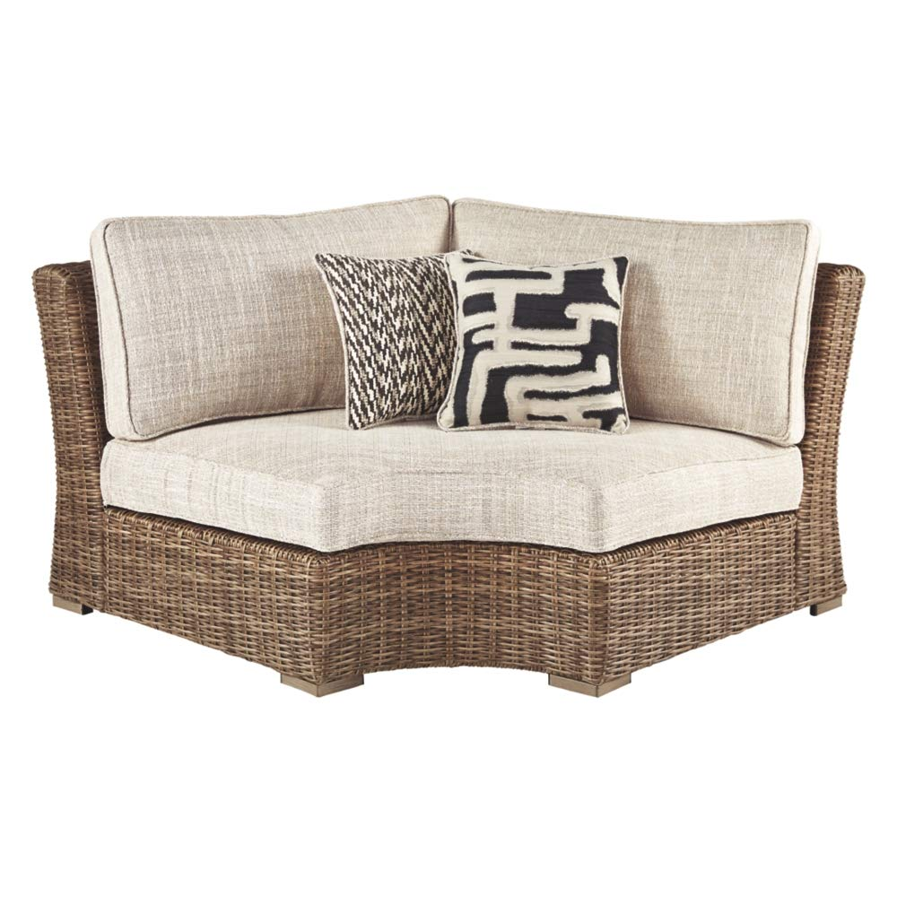 Amazon com ashley furniture signature design beachcroft outdoor curved chair with cushion beige garden outdoor