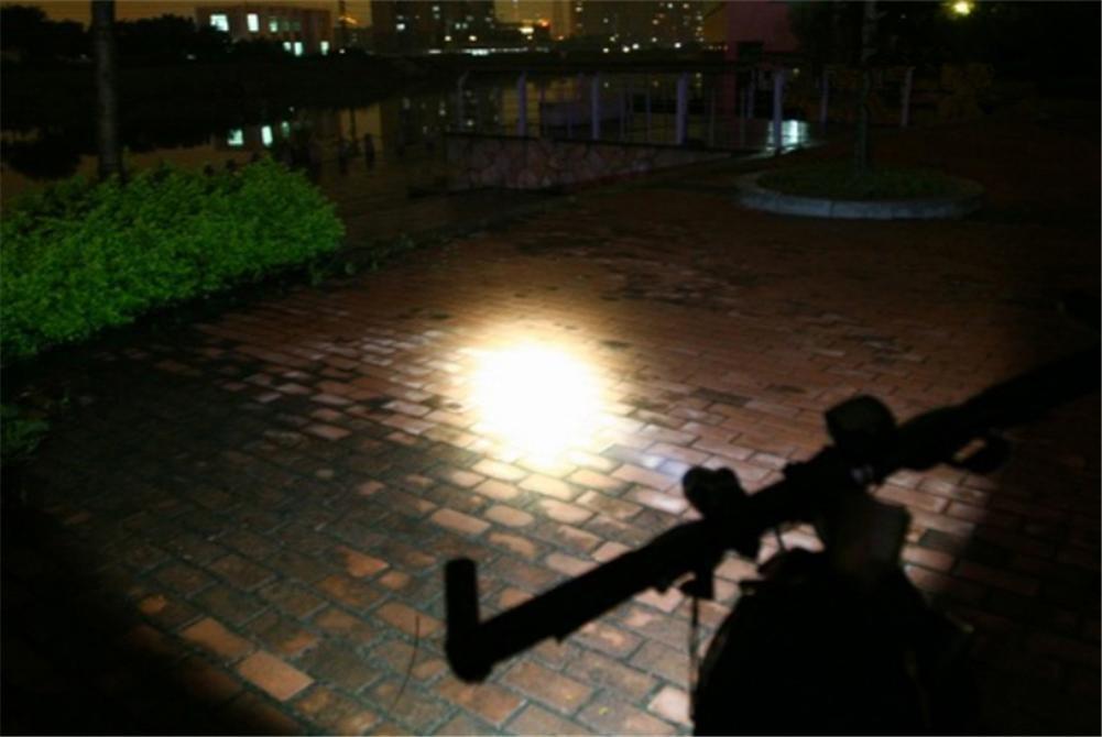 Linterna de luz luz luz brillante Solar de carga de carga USB LED lámpara grano Flashligh al aire libre 8f0b6e