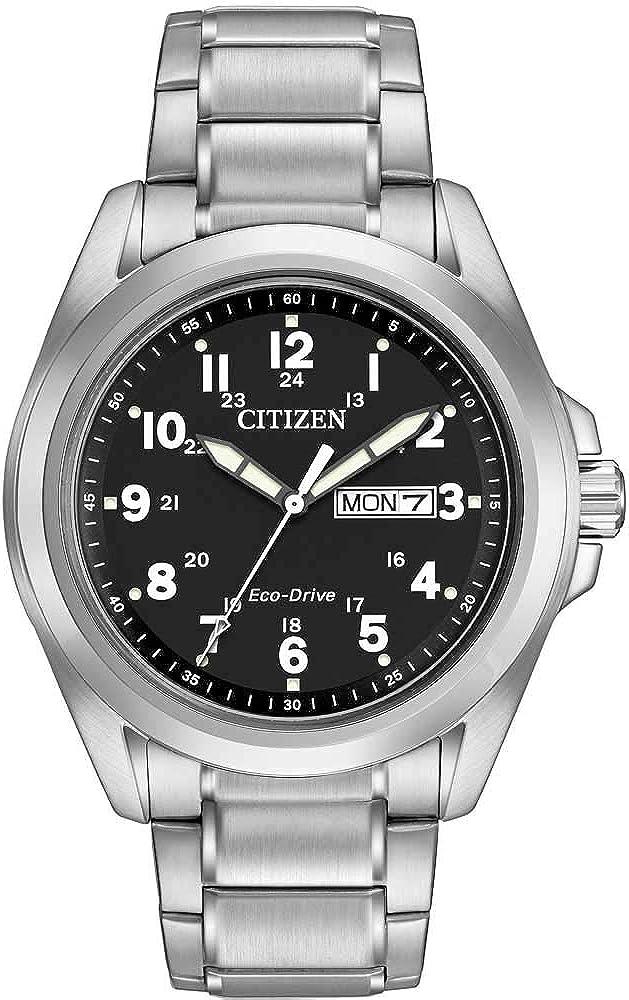 Citizen Reloj WR100Hombre Solar Reloj con Negro Esfera analógica Pantalla y Plata Pulsera de Acero Inoxidable aw0050–82E