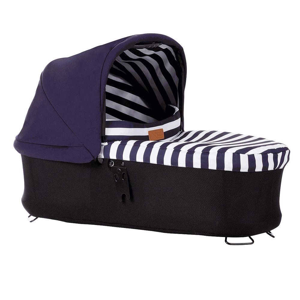 Mountain Buggy Urban Jungle Luxury Collection Carrycot Plus in Nautical