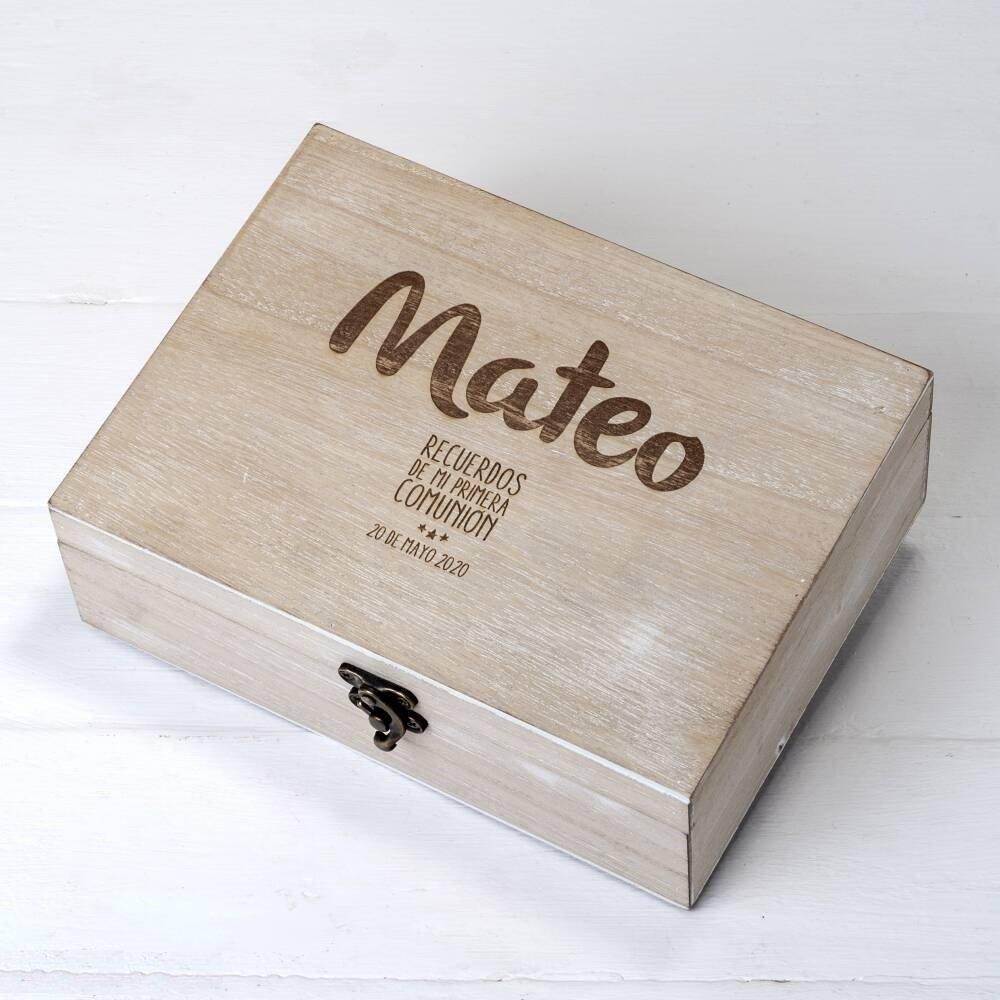 Pack Comuni/ón ni/ño de cofre madera y 25 tarjetones para Mis Mejores deseos