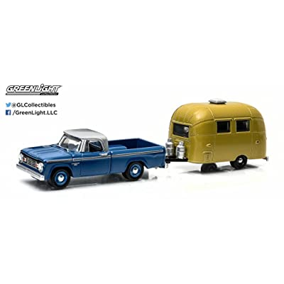 Greenlight Hitch & Tow Series: 1966 Dodge D-100 with Airstream Bambi Sport 1:64 Scale: Toys & Games