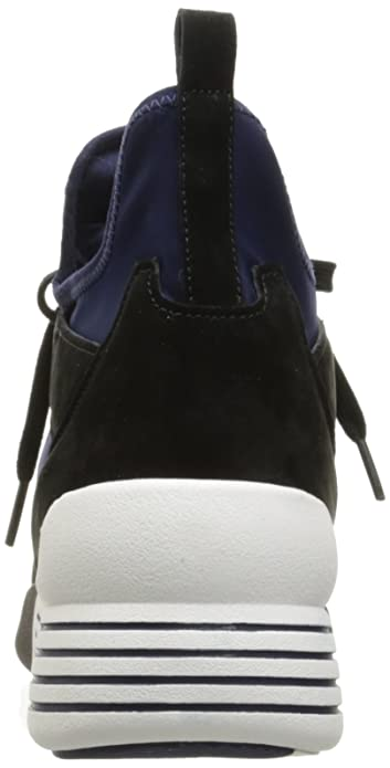 68b3dfd1104 Amazon.com  KENDALL + KYLIE Women s Braydin Sneaker  Shoes