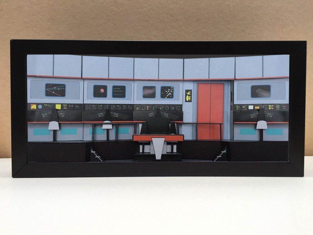 Star Trek Bridge - USS Enterprise Bridge shadowbox diorama - memorabilia picture art collector gift
