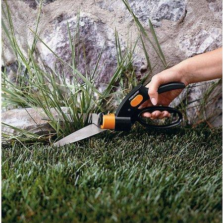 fiskars-lightweight-trimming-back-and-edgers-grass-shears-gardening-tools