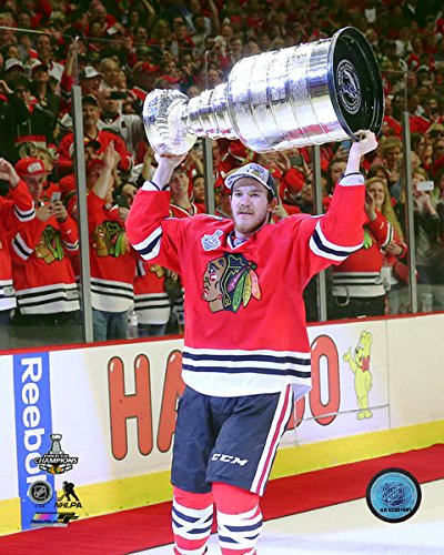 Andrew Shaw Chicago Blackhawks 2015 Stanley Cup Trophy Photo (Size: 8