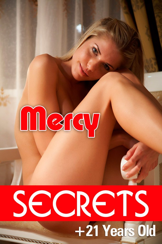Just Mercy, exquisite book with adult content, 90 photos in fantastic quality (only for over 21 years) por Secrets Erotics