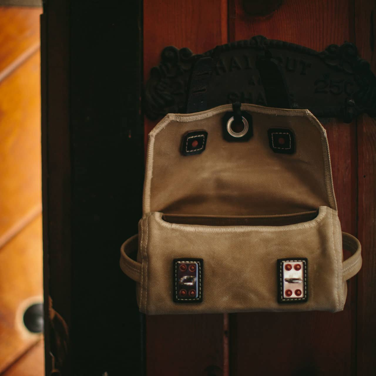 Hanging Canvas and Leather Mens Toiletry Bag 100 Year Warranty 03-10-0021-MD-SA-C Saddleback Leather Co Mountain Back Canvas Dopp Kit