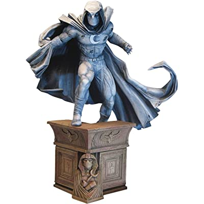 DIAMOND SELECT TOYS Marvel Premier Collection: Moon Knight Resin Statue: Toys & Games