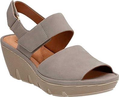 fe8b110d96b Clarks Women s Clarene Allure Sage Nubuck Sandal Size 7  Amazon.co.uk  Shoes    Bags