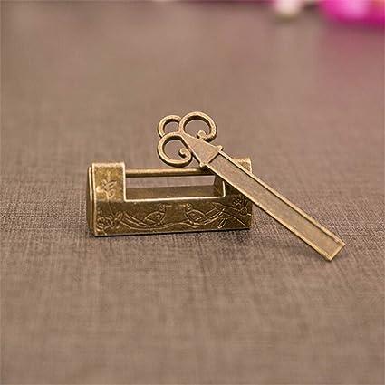 cadenas antique Serrure de style antique en fer avec laiton cadenas en fonte fait /à la main Cadenas et cl/é vintage