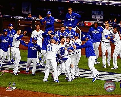 MLB Kansas City Royals 2015 World Series Game 1 Team Celebration Photo  (Size: 8