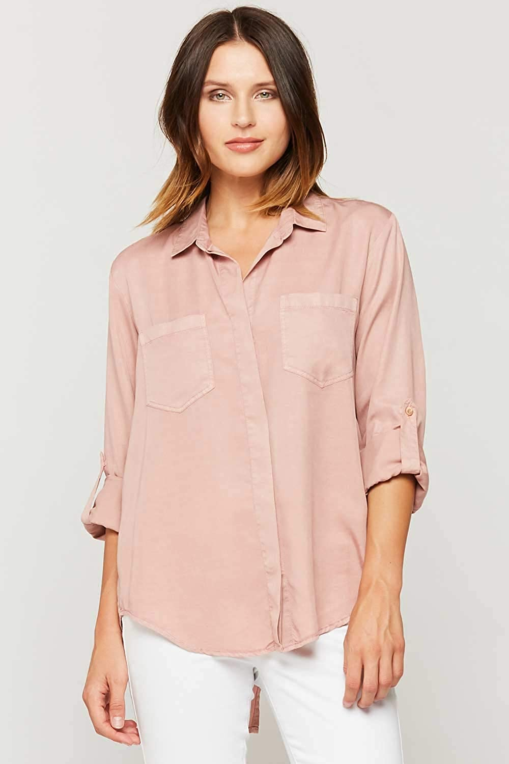 d9c9a9f7772 VELVET HEART 'Riley' Women's Button Down Chambray Shirt, Front Pockets at  Amazon Women's Clothing store: