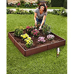 The Lakeside Collection Raised Garden Bed Set