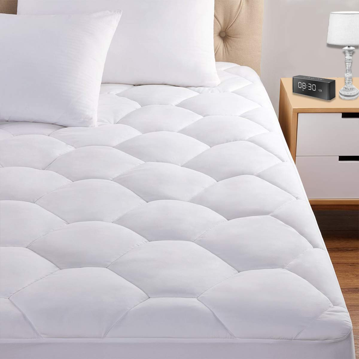 "King Mattress Pad, 8-21"" Deep Pocket Protector Ultra Soft Quilted Fitted Topper Cover Fit for Dorm Home Hotel -White"