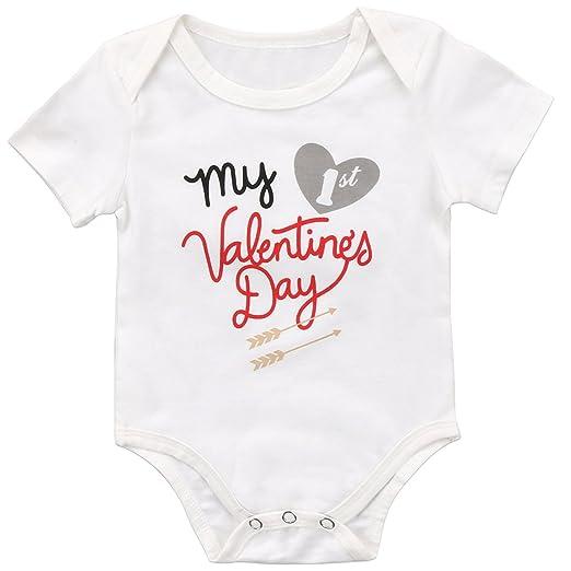 3bed79d64 Amazon.com  Annvivi Newborn Baby Boys Girls Clothes My 1st ...