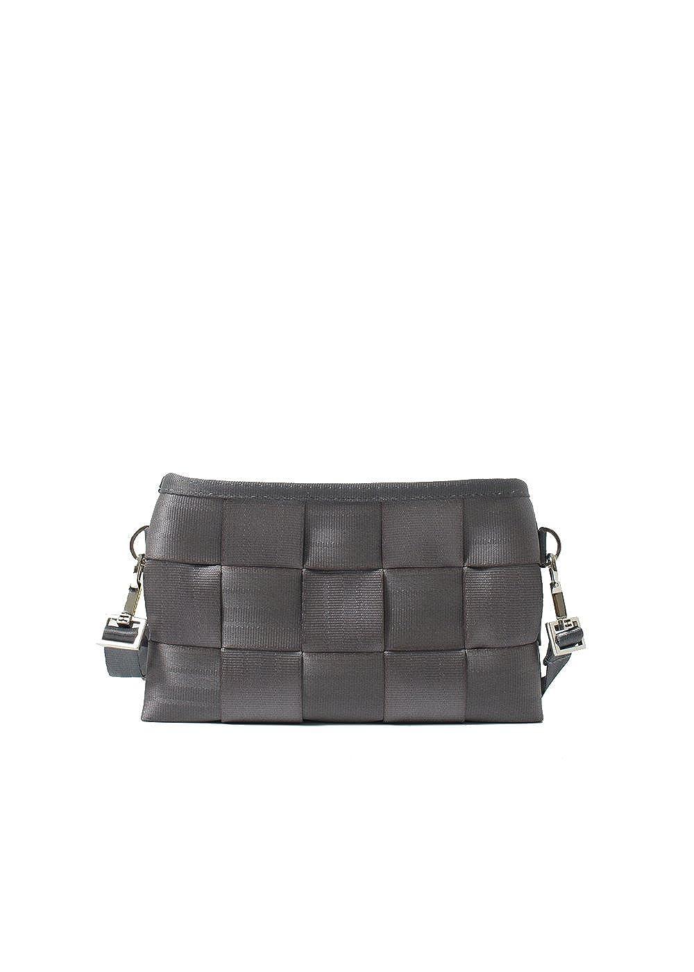 147e9cec5bf Amazon.com  Harveys Seatbelt Bag Women s Hip Pack Black1 One Size  Shoes